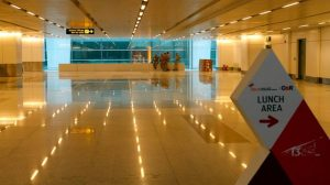 des-policiers-indiens-dans-l-aeroport-de-new-delhi_5347885